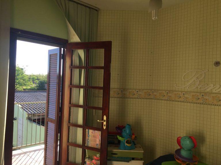 Sobrado c/ 03 dormitórios para venda São Gabriel-RS