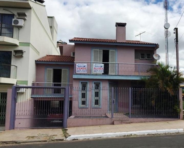 Excelente casa à venda no Centro