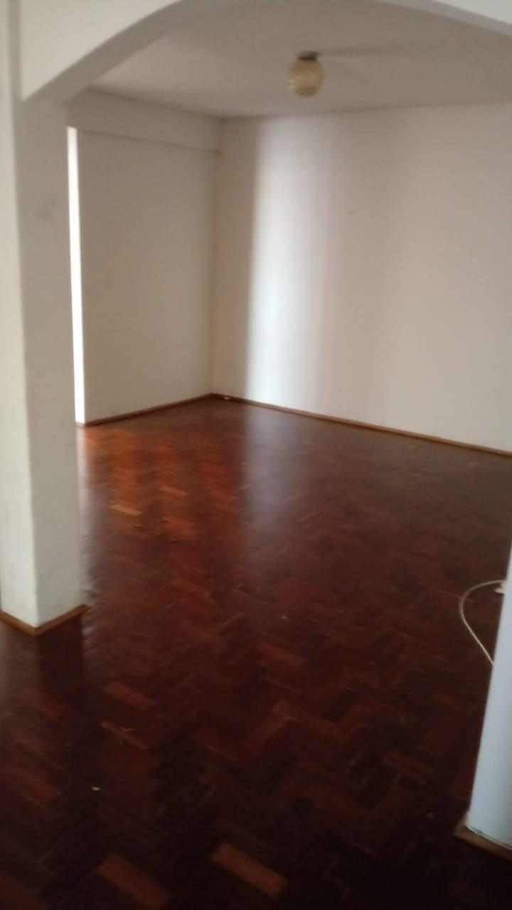 Ótimo apartamento para alugar no Centro