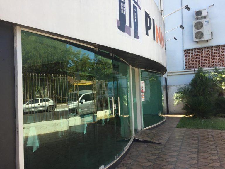 Ótima sala comercial para alugar no Centro