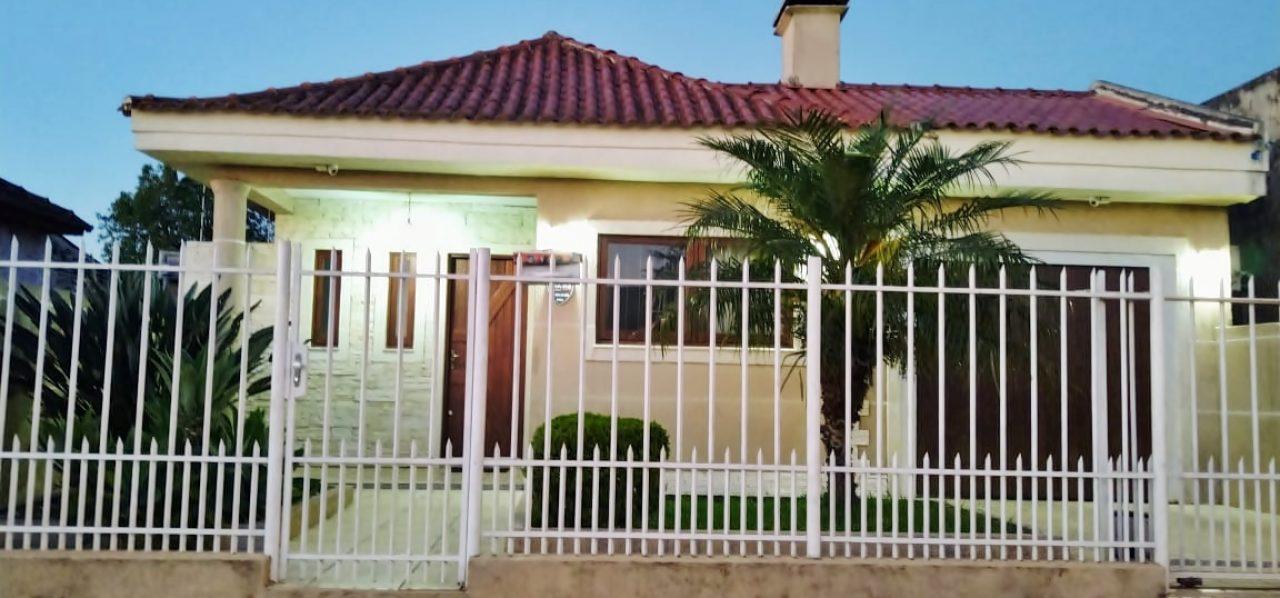 Linda casa à venda