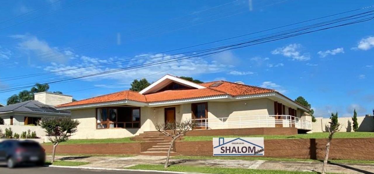 Linda casa à venda na Zona Sul