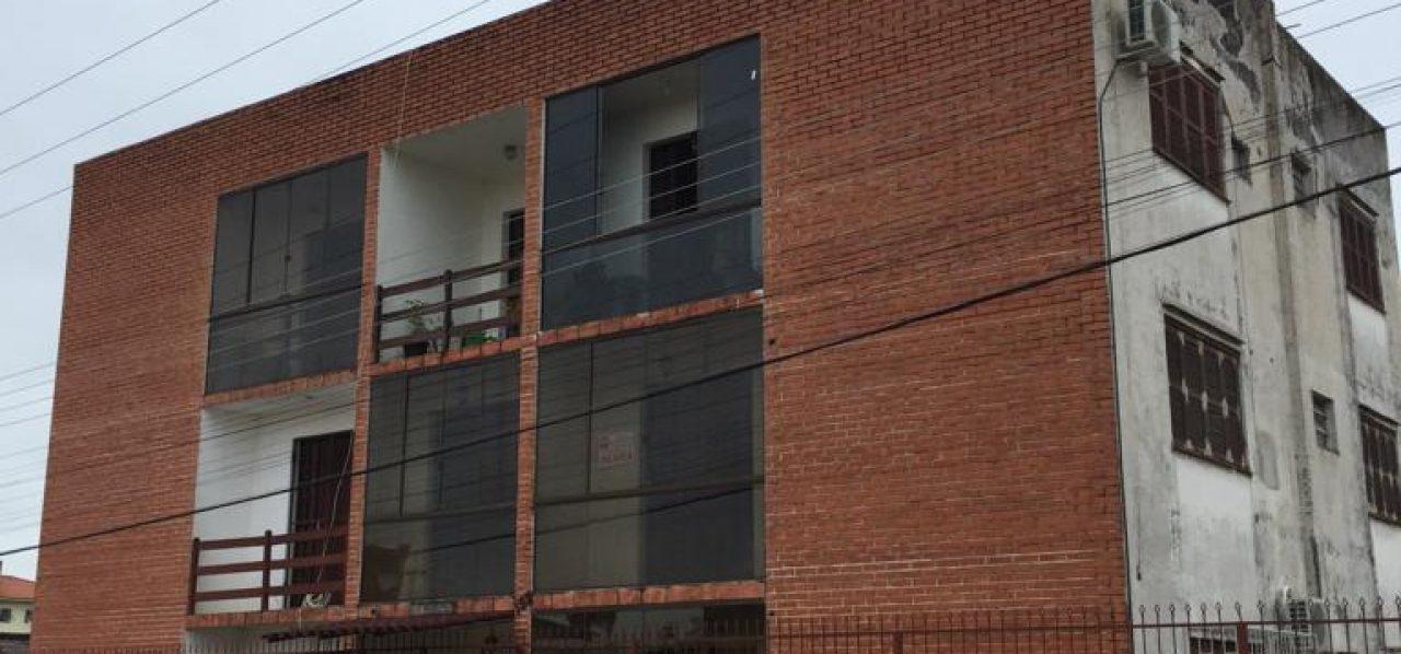Apartamento com 02 dormitórios para alugar no Centro de São Gabriel-RS