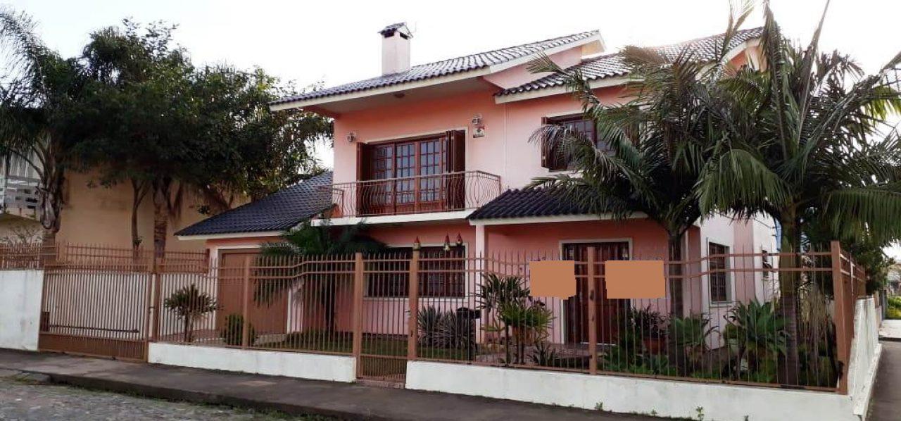 Casa com 04 dormitórios para venda em São Gabriel- RS